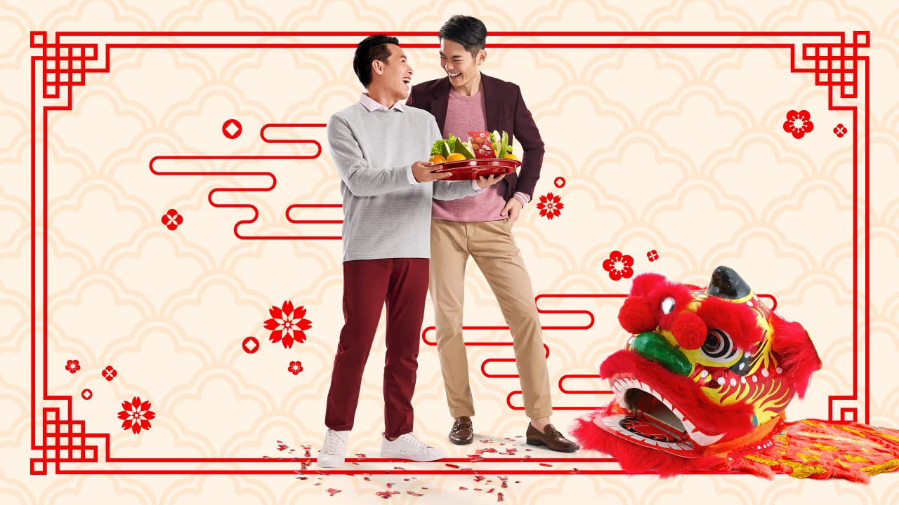 Two entrepreneurs celebrating lunar new year; image used for HSBC Amanah Fusion New Year 2020 Programme page.